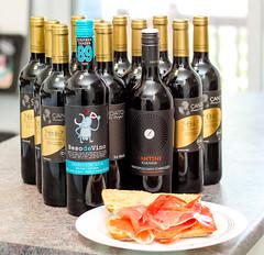 Vino y Jamon Serrano (Pablo Dijkstra) Tags: vino wine jamon serrano candidato fantini beso de canon rebel t3 red bread sandwich ham