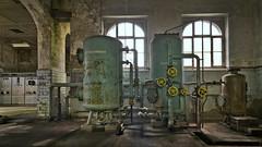 Das kleine Kraftwerk (4) (david_drei) Tags: powerplant powerhouse powerstation kraftwerk abandoned decay lostplace sachsen cas