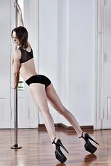 Luciana (Adrian Maximiliano Arellano   Fotografia) Tags: pole dance poledance dancer woman beautiful sexy