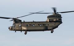 EGLK - Boeing Chinook HC5 - Royal Air Force - ZH900 (lynothehammer1978) Tags: eglk bbs blackbushe blackbusheairport raf royalairforce zh900 boeingchinookhc5