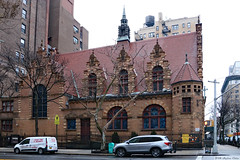 Dutch Flemish Renaissance style (Can Pac Swire) Tags: 2018aimg7310 newyork city state usa unitedstates america american us upperwestside manhattan building architecture church westend collegiate 245 west w 77th street