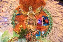 Orillas del Nilo (Beatriz-c) Tags: carnaval carnival fantasía fantasy party fiesta queen reina adventure aventura tenerife tacoronte travel traveling viaje viajar piñata chica islas canarias canary islands night noche design diseño bodypainting feather
