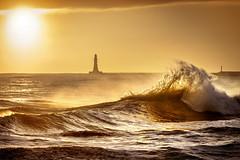 Sunrise at Roker, Sunderland (DM Allan) Tags: sunrise dawn coast sea roker sunderland wearside lighthouse waves golden