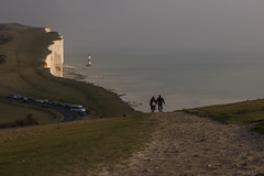 Beachy Head Lighthouse (Blue Rock Fox) Tags: beachyhead sussex eastsussex eastbourne brighton ocean sea water beach cliffs shore walkers hikers landscape coast coastal walk couple england southcoast britain uk seaside sky landschaft people old grass davidmichaelbellis davidbellis davebellis bluerockfox outside
