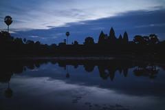 Angkor Wat (preze) Tags: angkorwat siemreapprovince kambodscha cambodia südostasien steintempel templeruin tempelruine morning hinduism hinduismus khmer