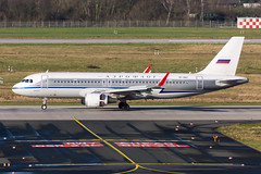 "VP-BNT - Aeroflot - Russian Airlines - Airbus A320-214(WL) - ""Retro"" special colours (5B-DUS) Tags: vpbnt aeroflot russian airlines airbus a320214wl retro special colours a320 dus eddl dusseldorf düsseldorf international airport aircraft airplane aviation flughafen flugzeug planespotting plane spotting"