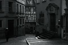 @ a corner of Schwäbisch-Hall, Germany (Amselchen) Tags: city oldcity building architecture pedestrian people travel germany street streetphotography mono monochrome bnw blackandwhite lightandshadow shadow light fujifilm fujifilmxseries xt2 zeiss carlzeiss touit1832 fujifilmxt2