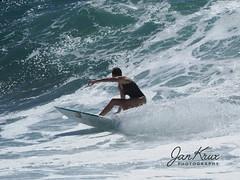 Surfing The Waves (jan-krux photography - thx for 3 Mio+ views) Tags: surfing wave welle wellenreiten victoriabay westerncape southafrica westkap suedafrika indischerozean indianocean olympus omd em1mkii action sport water wasser meer travel reisen adventure abenteuer female frau maedchen girl sportler
