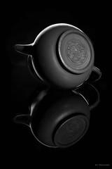 Tea pot bw (Claus Preuschoff) Tags: studiophotography blackwhite strobistflashstilllife strobe studio tabletopphotography nikon nikkor35f18 d5300 chineseteapot highcontrast