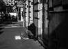 pensieri (Antonio Aliperti) Tags: biancoenero reflex nikon creative digital focus 50mm photo photos foto fotografia realtà shot shots bnw balckandwhite clochard