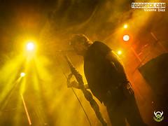 Johnny Cifuentes (yiyo4ever) Tags: burning but johnnycifuentes todorock zuiko concert concierto guitar fenderguitar lights luces stage escenario lumix panasonic olympus omd em5 m43 mft zuiko1240mmf28 lumix35100mmf28 rubenpozo loszigarros desvariados