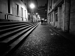 A walker in the Parisian streets. #urban #streetphotography #street #urbanlife #blackandwhitephotography #mobilephotography #nightphotography #paris #night (P. Farris aka russus) Tags: urban streetphotography street urbanlife blackandwhitephotography mobilephotography nightphotography paris night