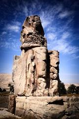 Memnon (Gwenaël Piaser) Tags: elcolossat essalamat janvier january 2018 january2018 1740mm ef1740mmf4lusm canonef1740mmf4lusm canon seriel zoom lseries unlimitedphotos gwenaelpiaser eos 6d canoneos eos6d canoneos6d fullframe 24x36 reflex rawtherapee quartzite pharaon luxor thebe amenhotepiii pharaoh amenophisiii amānaḥātpa statue colossal colossiofmemnon colossusofmemnon colossesdememnon sculpture