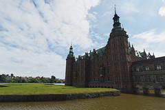 Backlight (Chasingssuns) Tags: denmark dinamarca frederiksborg castle backlight lake sky hillerod architecture nature