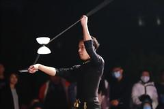 IMG_0764M Diabolo. ディアボロ. 夜光扯鈴. (陳炯垣) Tags: performance street juggling diabolo ディアボロ 扯鈴