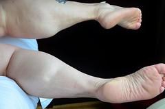 DSC_0036jj (ARDENT PHOTOGRAPHER) Tags: muscular calves flexing muscle legs muscularwoman