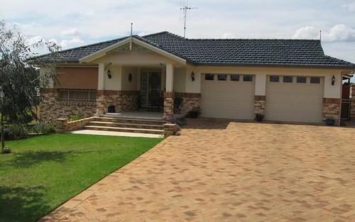 29 Glenburnie Close, Parkes NSW