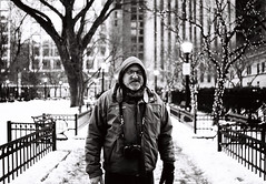 Mike in Chicago (thedailyjaw) Tags: chicago city blackwhite nikonfe nikon filmphotography film cinestilldoublex cinestill bwxx bw streetphotography christmas winter illinois downtown