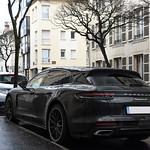 Porsche Panamera 4 E-Hybrid Sport Turismo thumbnail