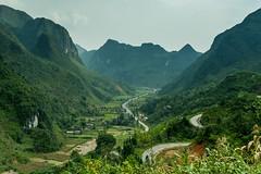 Údolí jako z pohádky (zcesty) Tags: vietnam23 silnice krajina hory vietnam dosvěta hàgiang vn