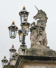Column, Buckingham Palace