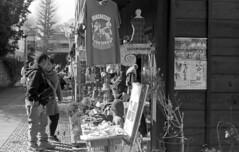 Tourists (odeleapple) Tags: leica lllf elmar 5cm f35 kodaktmax100 film monochrome shop tourist