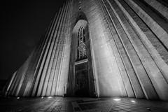The church of Hallgrímur (Torfi Ómarsson) Tags: church architecture kirkja hallgrímskirkja iceland turist bw black white house night