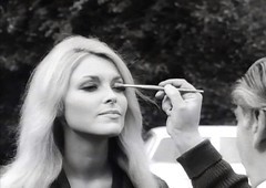 "Sharon Tate, Refreshing Make-up, During Filming of ""Eye of the Devil,"" 1966 (classic_film) Tags: sharontate 1966 actress alt american america añejo retro época ephemeral classic clásico nostalgic nostalgia beauty beautiful sexy sexsymbol sex actrice actriz schön schauspielerin old oll prettygirl pretty entertainment hollywood celebrity woman mujer mujerbonita niñabonita blonde girl vintage 1960s sixties elegant style hair hairstyle smile eyes fashion aktrice película movie film cine cinema"