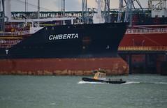 Chiberta + KRVE 51 (Hugo Sluimer) Tags: portofrotterdam port haven onzehaven botlek landtongrozenburg landtong nlrtm nederland zuidholland holland