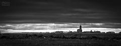 Entre cielo y tierra/ Between sky and earth (Jose Antonio. 62) Tags: spain españa castillayleón palencia blancoynegro bw blackandwhite clouds nubes