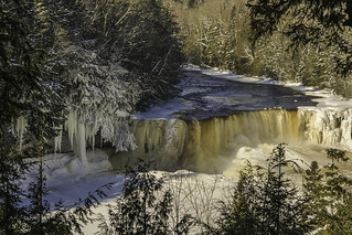 Frozen elements at Tahquamenon