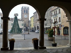 Lendinara (Rovigo), piazza Risorgimento (Valerio_D) Tags: lendinara polesine veneto italia italy 20172018inverno 1001nights 1001nightsmagiccity
