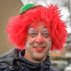 Dutch Carnival 2018 (RuudMorijn-NL) Tags: brabantse demay made noordbrabant blij buiten carnaval carnavalsfeest clown evenement feest feestelijk gemeentedrimmelen geposeerd geschminkte gezelligheid groen groene haar hoed houdje kleurig kleurrijk lachende lol man neus onbekende ontspannen openlucht opgewekt plezier portret pose pret pruik rode rood schmink straat straatcarnaval straatfeest straatportret traditie uitgedost uitgedoste verkleed vierkant winter red wig smiling square street portrait colorful carnival dutch netherlands vandenhoutstraat