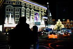 2012/1732 (june1777) Tags: snap street seoul myeongdong night light bokeh dof winter christmas sony a7ii kyocera contax carl zeiss g planar gplanar 45mm f2 1000 clear