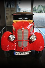 BMW Dixi (just.Luc) Tags: metal metaal car auto voiture oldtimer museum museo musée red rood rouge rot bmw allemagne deutschland duitsland germany europa europe munich münchen bayern beieren bavaria bavière