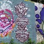 GOC Ally Pally to Kings Cross 015: Graffiti thumbnail