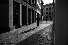 thank you mate (gato-gato-gato) Tags: europe leica leicammonochrom leicasummiluxm35mmf14 leicasummiluxm35mmf14asph mmonochrom messsucher monochrom schweiz strasse street streetphotographer streetphotography streettogs suisse svizzera switzerland zueri zuerich zurigo black digital gatogatogato gatogatogatoch rangefinder streetphoto streetpic tobiasgaulkech white wwwgatogatogatoch zürich ch manualfocus manuellerfokus manualmode schwarz weiss bw blanco negro monochrome blanc noir strase onthestreets mensch person human pedestrian fussgänger fusgänger passant sviss zwitserland isviçre zurich