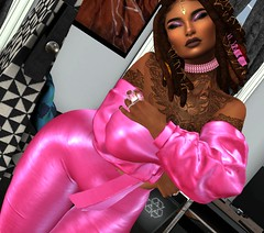 Centric in PINK (Sultry ALLURE) Tags: chantelsatine catwa choker pink queenz silk dreads locks hair eyesclosed makeup eyeshadow yummy
