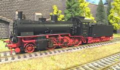 DRG BR 37 162 - Fleischmann (Stig Baumeyer) Tags: steamlocomotive ånglok dampflokomotive damplok damplokomotiv h0layout scalah0 scala187 187 h0skala h0scale h0 echelleh0 echelle187 diorama ferromodellismo modelljärnväg modelljernbane modelleisenbahn modelrailway modelrailroad fleischmann fleischmann187 fleischmannh0 drg deutschereichsbahn prussianp6 preussischep6 preusischep6 drgbr37 br37 drgbaureihe37 baureihe37