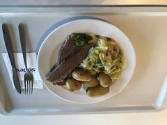 Gekochte Rinderbrust mit Rahmgemüse und Kartoffen (Canteenary) Tags: canteenary rinderbrust rind rahmgemüse kartoffeln