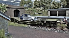 Special Delivery to Dogley. (ManOfYorkshire) Tags: bentley mk6 oxford rail diecast oxforddiecast oxforddrail warwell wagon weathered detailed dogley micro scale model railway train layout 176 oogauge car auto delivery 1946 station siding special