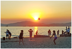 Near Eclipse (HereInVancouver) Tags: sunset beach volleyball outdoors sports city urban water ocean pacific englishbay vancouverswestend logs mountains neareclipse candid vancouver bc canada canong16 thingstodobythewater