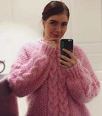 Women in mohair wool sweater outfit (Mytwist) Tags: tonegenser mohair hygge genser knitwear outfit selfie design sexy wife husband sweatersexual sweatersex fashion style cozy chunky fluffy knit craft sex cabled pink aranstyle