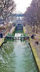 134-Paris décembre 2017 - L'écluse du bassin de La Villette à Stalingrd (paspog) Tags: paris france décembre 2017 éclude lock canal canalsaintmartin