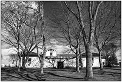Palacio de Santa Cruz. COAÑA (Germán Yanes) Tags: asturias coaña mohías palaciodesantacruz españa spain bn