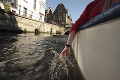 Cooling down (paul indigo) Tags: gent otherkeywords boat canal hand paulindigo tourism trailing trip water wet