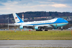 92-9000 : Air Force One (Thomas Naas Photography) Tags: zürich zrh lszh schweiz switzerland flughafen airport flugzeug airplane outdoor boeing b747 b742 b747200 vc25a usaf united states air force