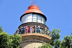 Mamallapuram, Tamil Nadu - The New Lighthouse is Popular (zorro1945) Tags: mamallapuram mahabalipuram tamilnadu india inde asia asie lighthouse crowd people
