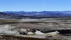 unglaubliche Landschaft... (marionkaminski) Tags: bolivien bolivia südamerika southamerica lateinamerika altiplano hochebene anden losandes paisaje paysage landscape berge mountain montana montagne panasoni lumixfz1000