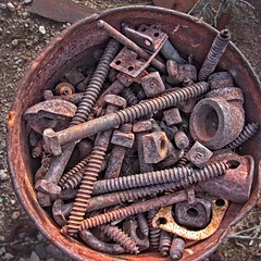 Bucket of Rusty Screws 7628 A (jim.choate59) Tags: rust screws bolts bucket nelsonnevada lasvegas decay jchoate rx100 texture